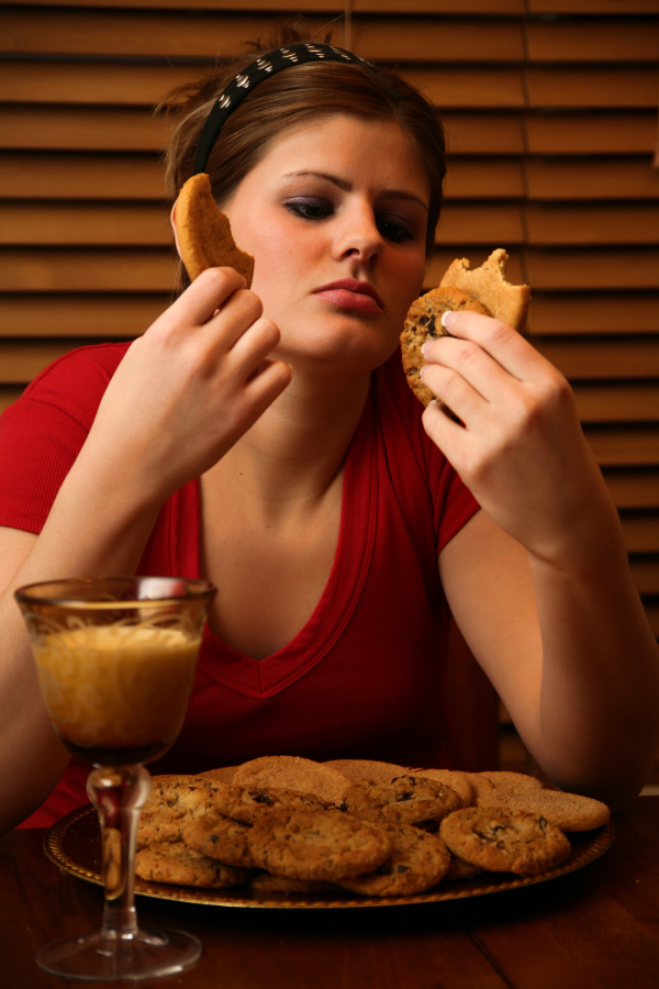 binge eating, late night snack