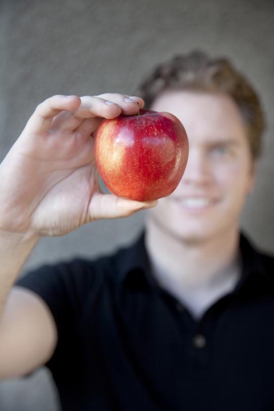 employee choose fruit