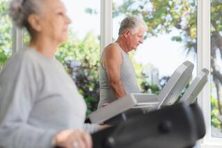 senior_on_treadmill