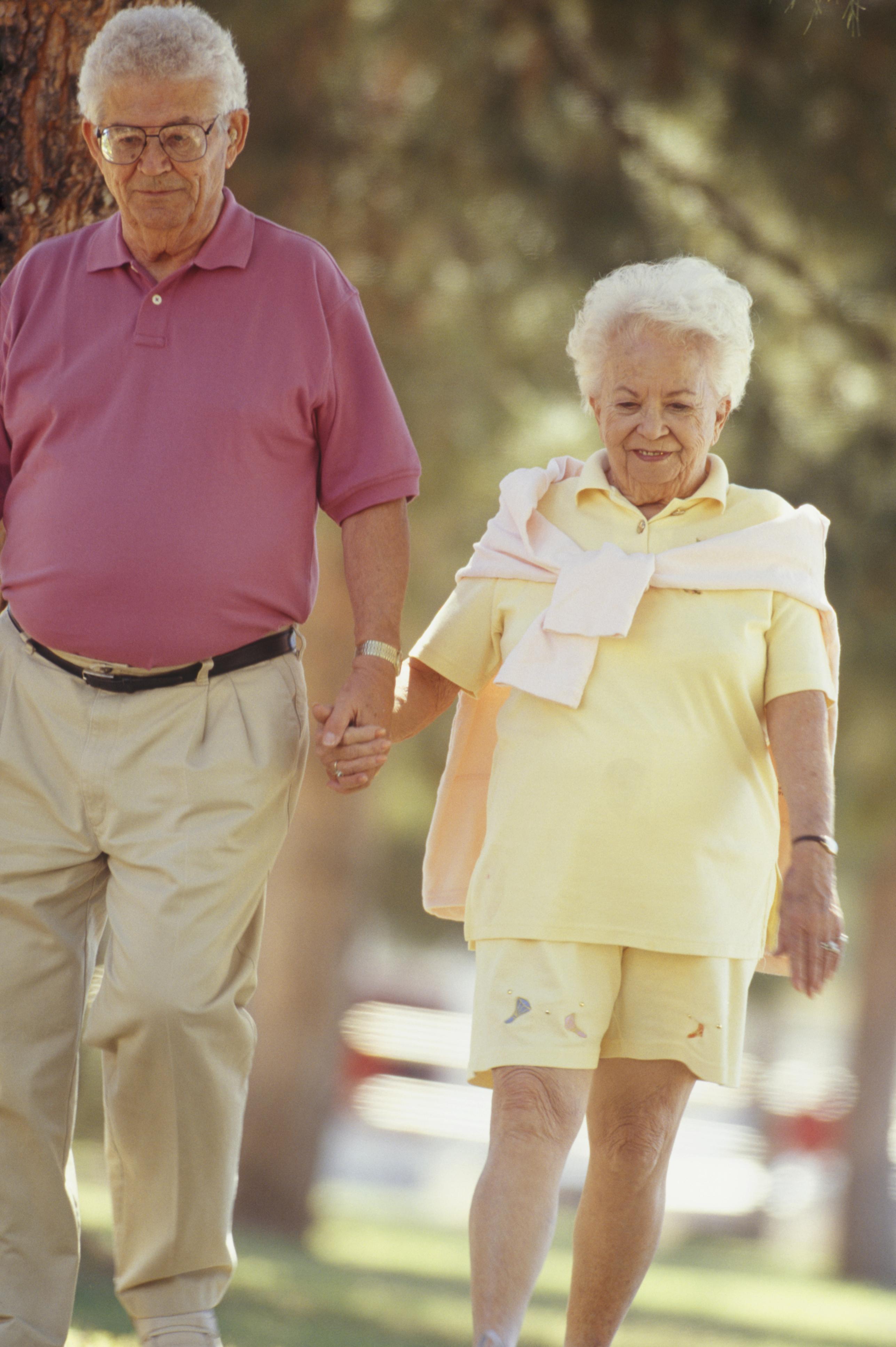 walking_seniors